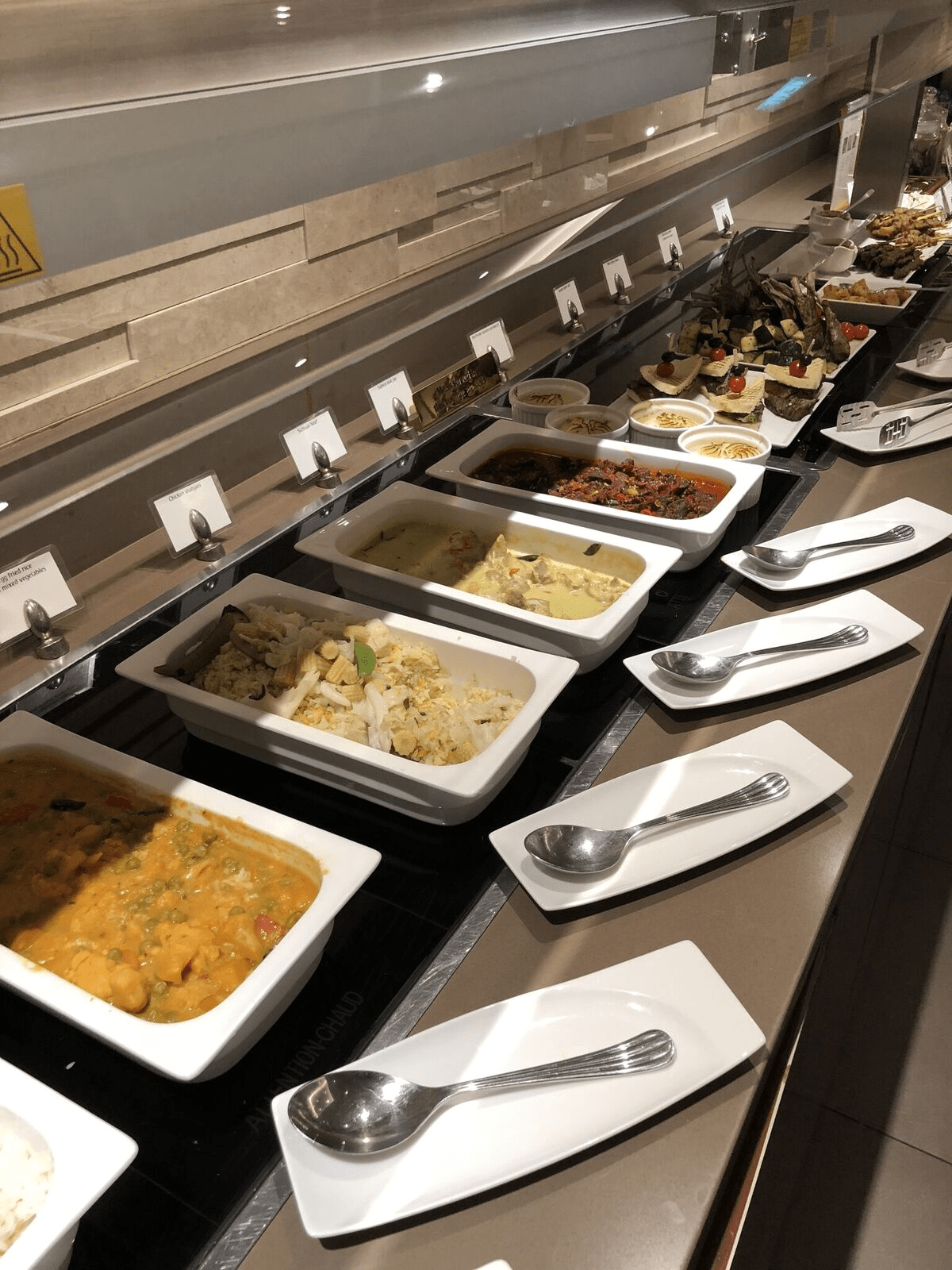 Review: Emirates (777-300ER) Biz From Singapore to Accra