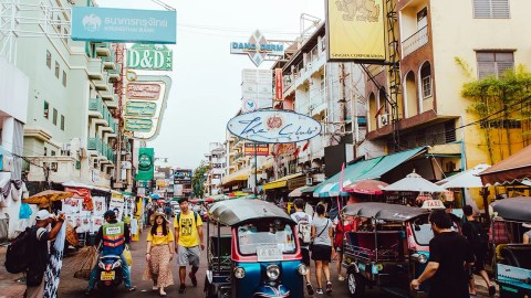 how to avoid these typical travel scams in thailand