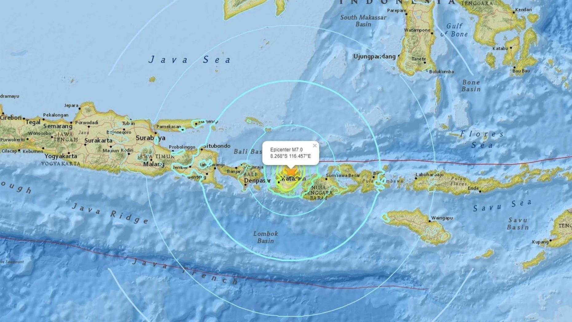 Bali Rocked by 7.0 Earthquake, Tsunami Warnings Issued