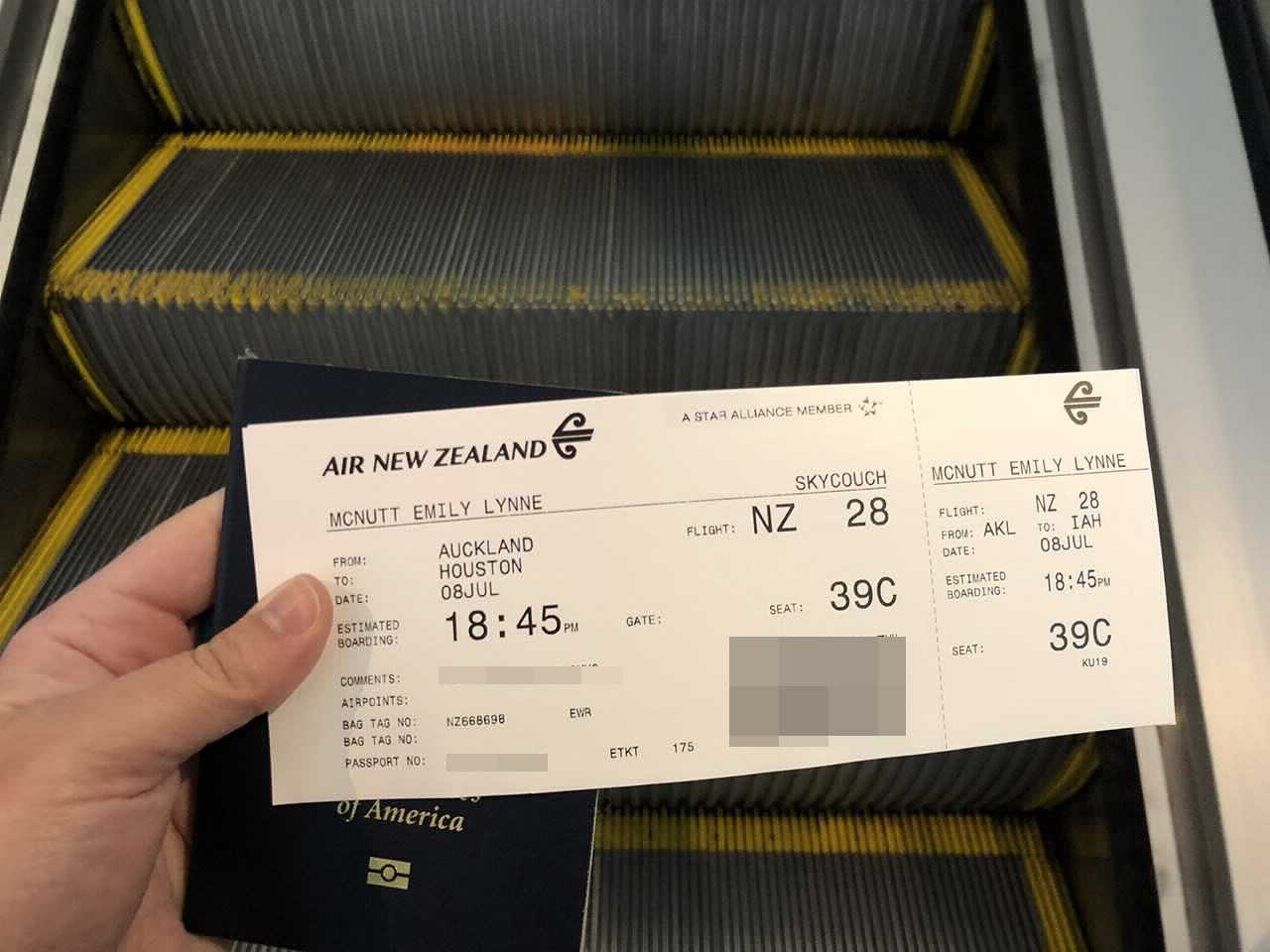 Review Air New Zealand S Skycouch 787 9 From Auckland To Houston