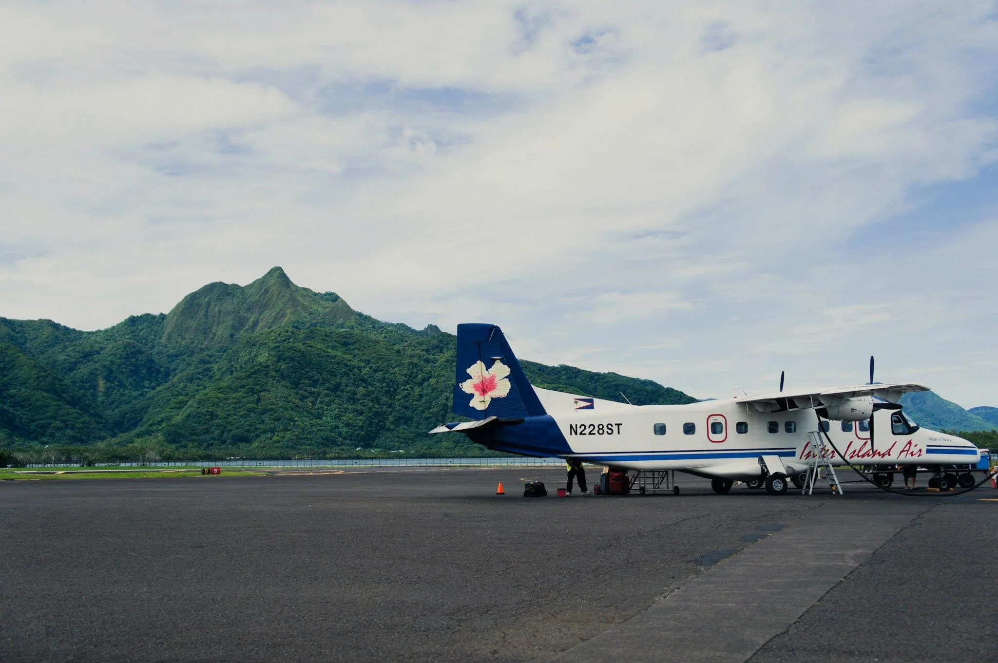Inter Island Air at PPG Airport in 2012