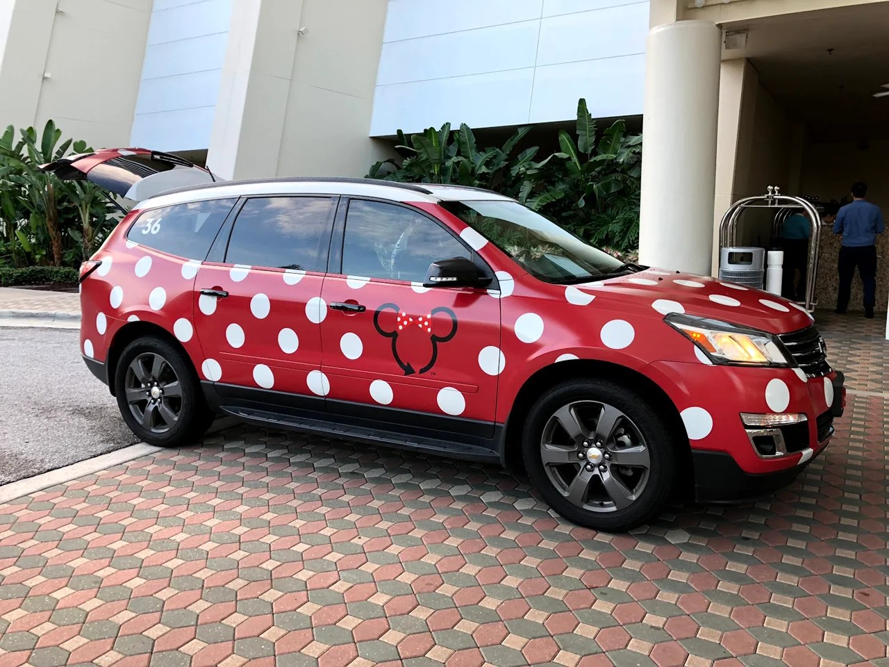 d89f833e9b 6 Things to Know About Disney World s Minnie Vans