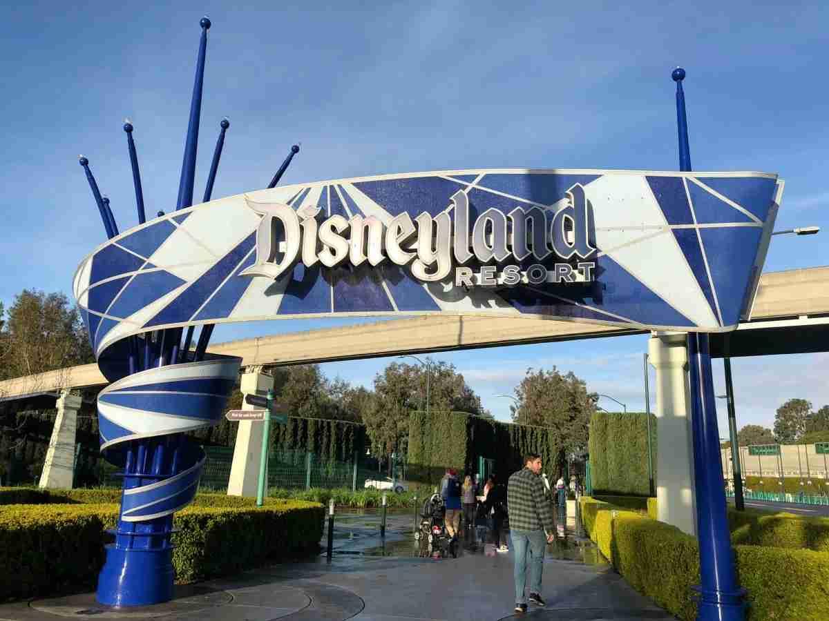 Disneyland Pedestrian Entrance Harbor Boulevard