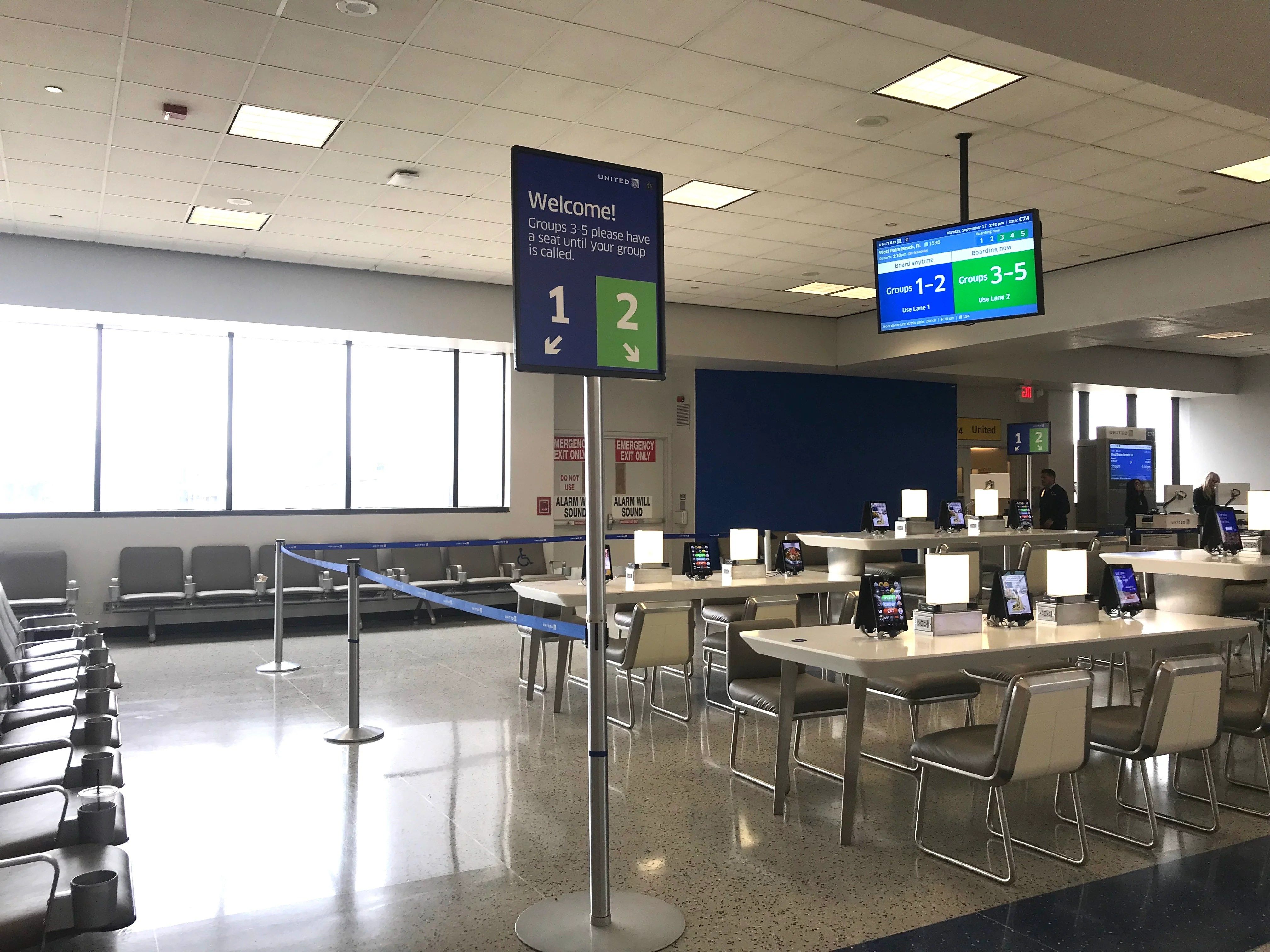 United Airlines Updates Its Boarding Process, Creates New Signage