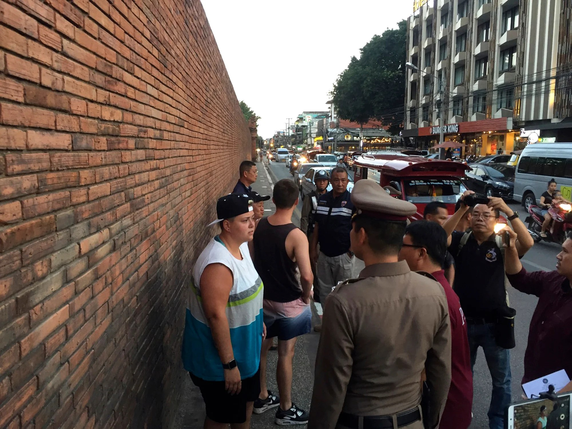 Tourists Facing 10 Years in Prison for Vandalizing Ancient Thai Wall