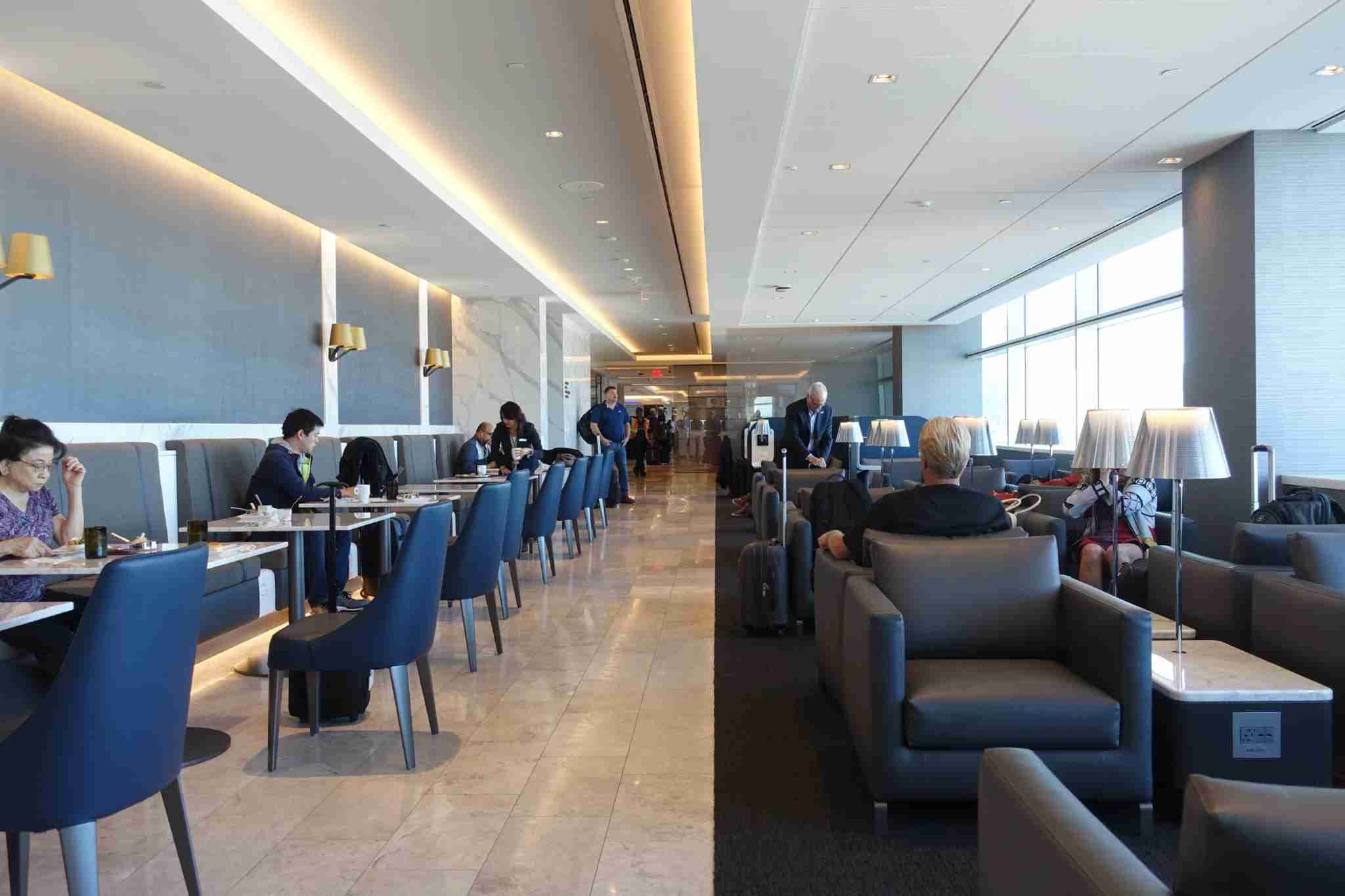 Have you been to the United Polaris Lounge in San Francisco? (Photo by Zach Honig / The Points Guy)
