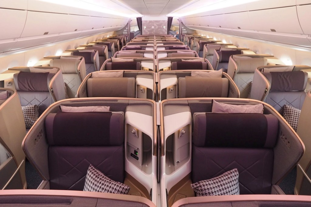 Review: Singapore Business Class on the World\'s Longest Flight