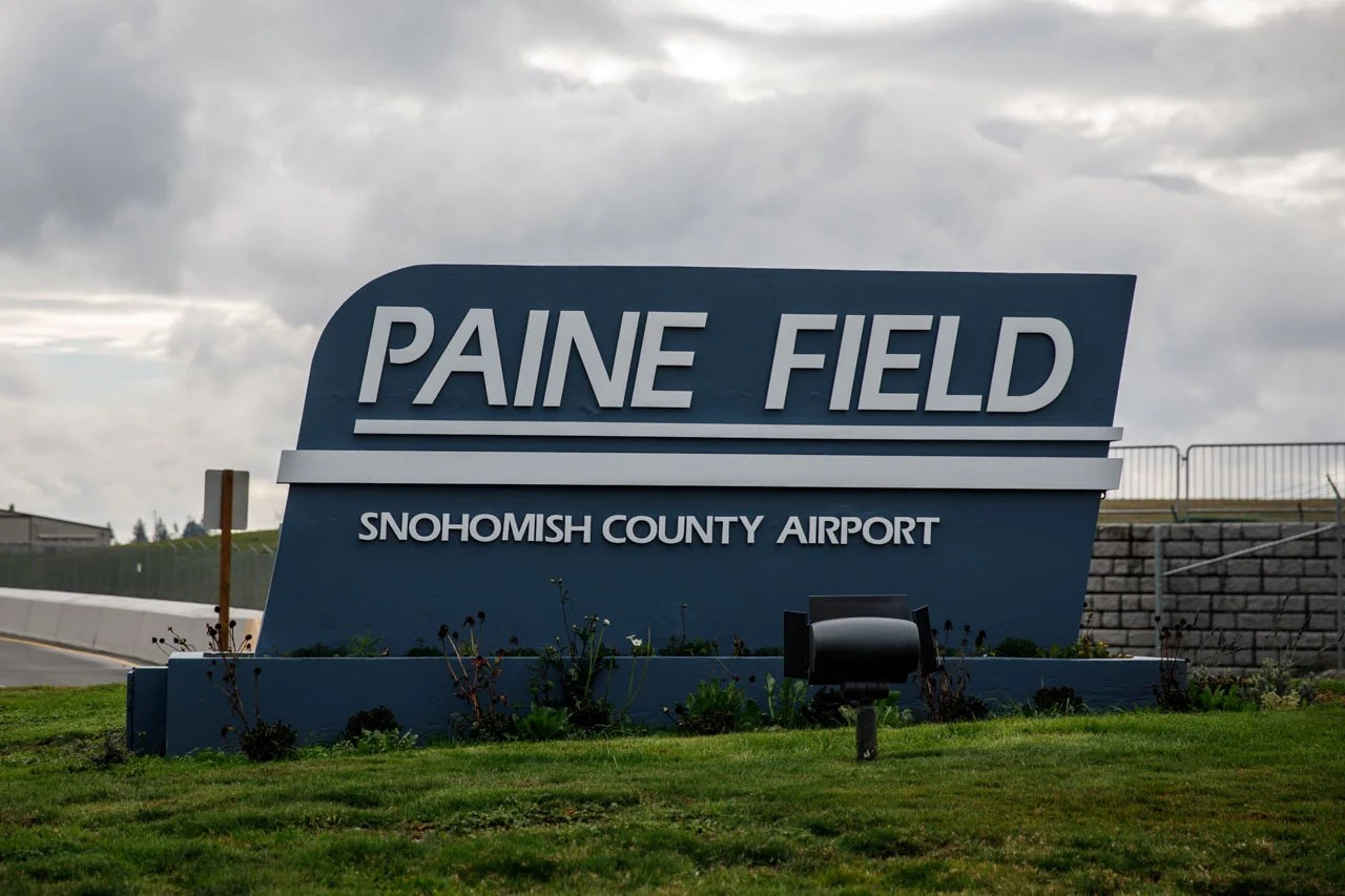 Inside Paine Field S New Passenger Terminal North Of Seattle