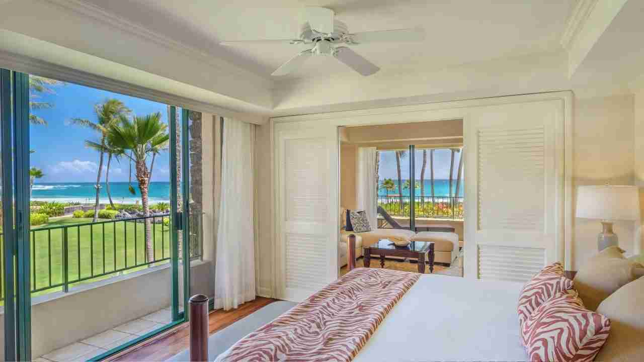 Suite at Grand Hyatt Kauai (image courtesy of hotel)