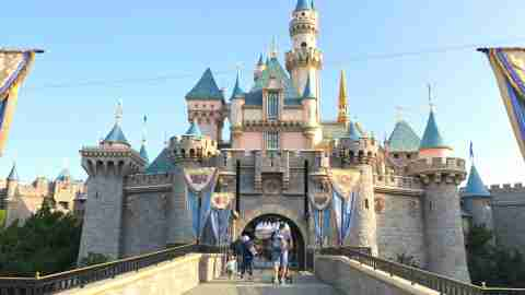 Disneyland Lines - Empty Walkways entering Sleeping Beauty Castle