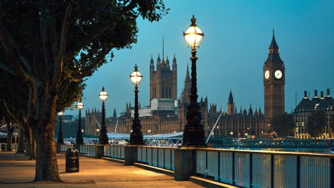 Deal Alert Nonstop Flights To London From 381 Round Trip