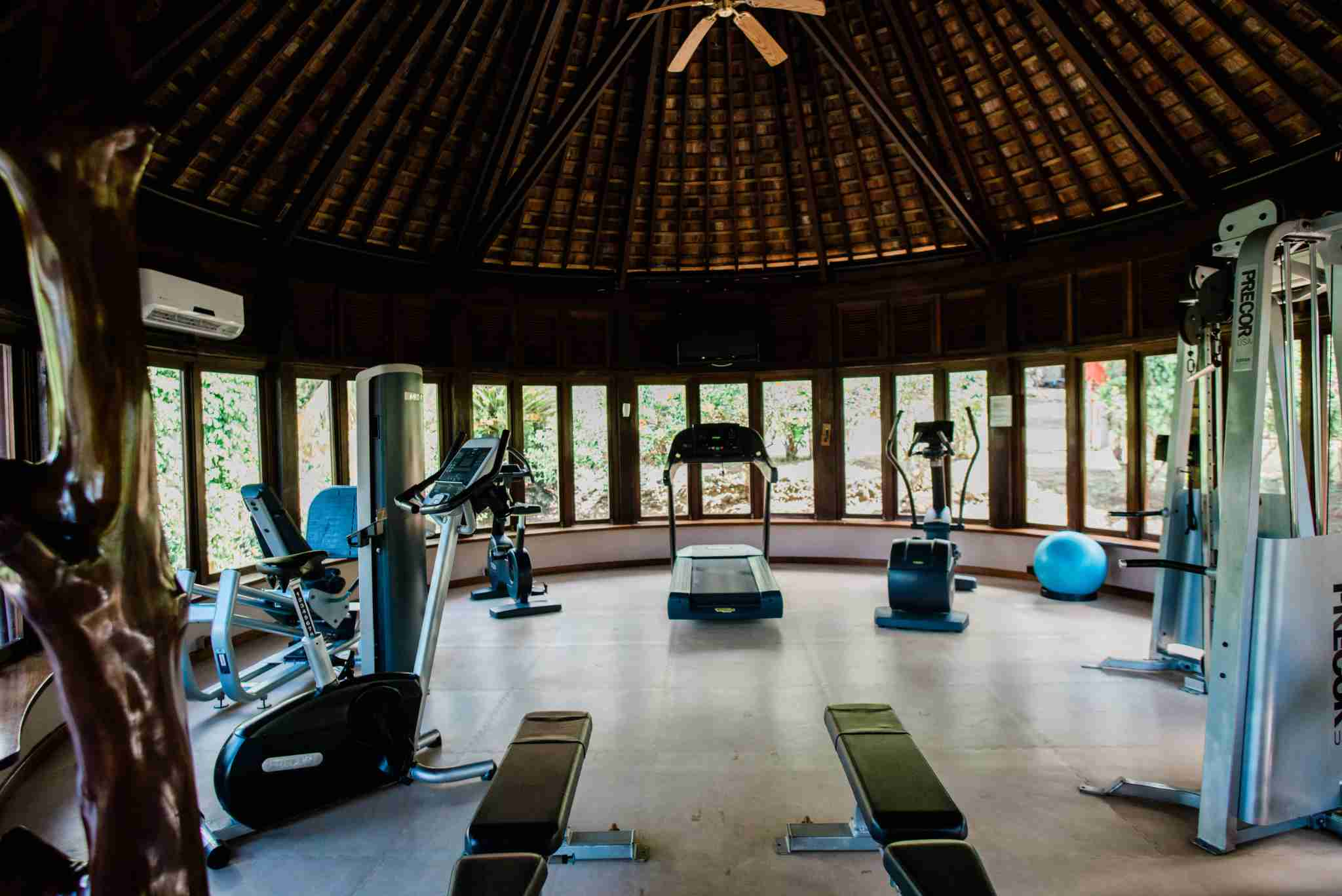Hilton Moorea Lagoon Resort and Spa - fitness center gym