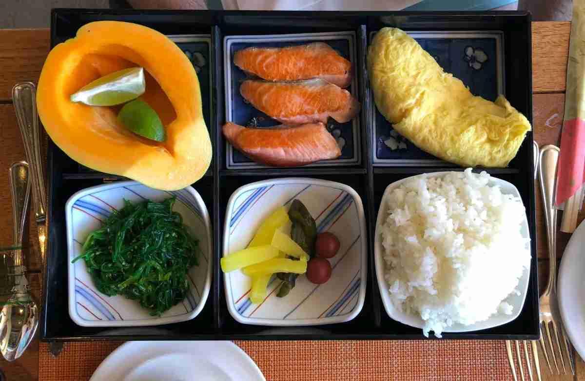 Mauna Kea Beach Hotel - Manta Japanese Breakfast Bento
