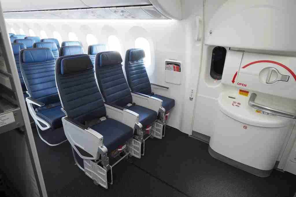 United Economy Plus on the 787-10 Dreamliner. Photo by Zach Honig/The Points Guy.