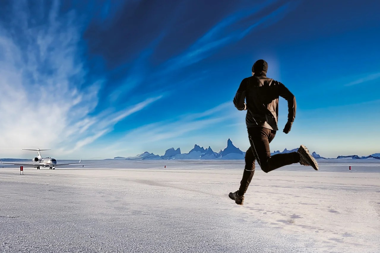 Winners of This Antarctic Marathon Fly Home in a Private Jet, But Laggards Get Left Behind