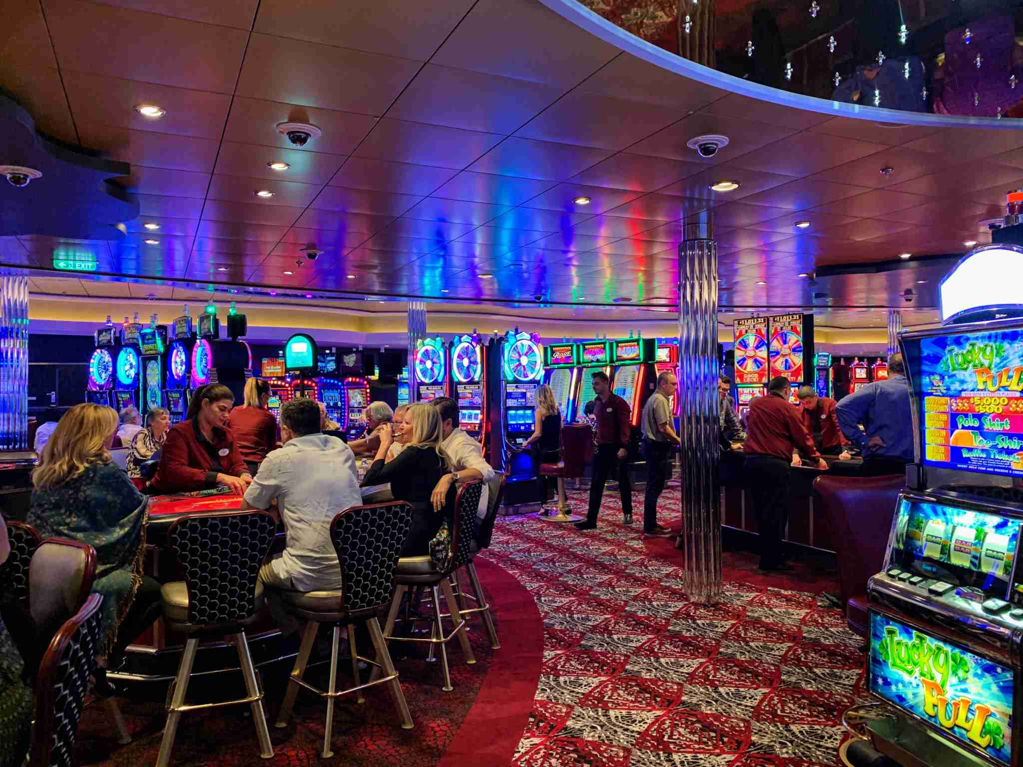 Royal Caribbean Symphony of the Seas - Casino Royale