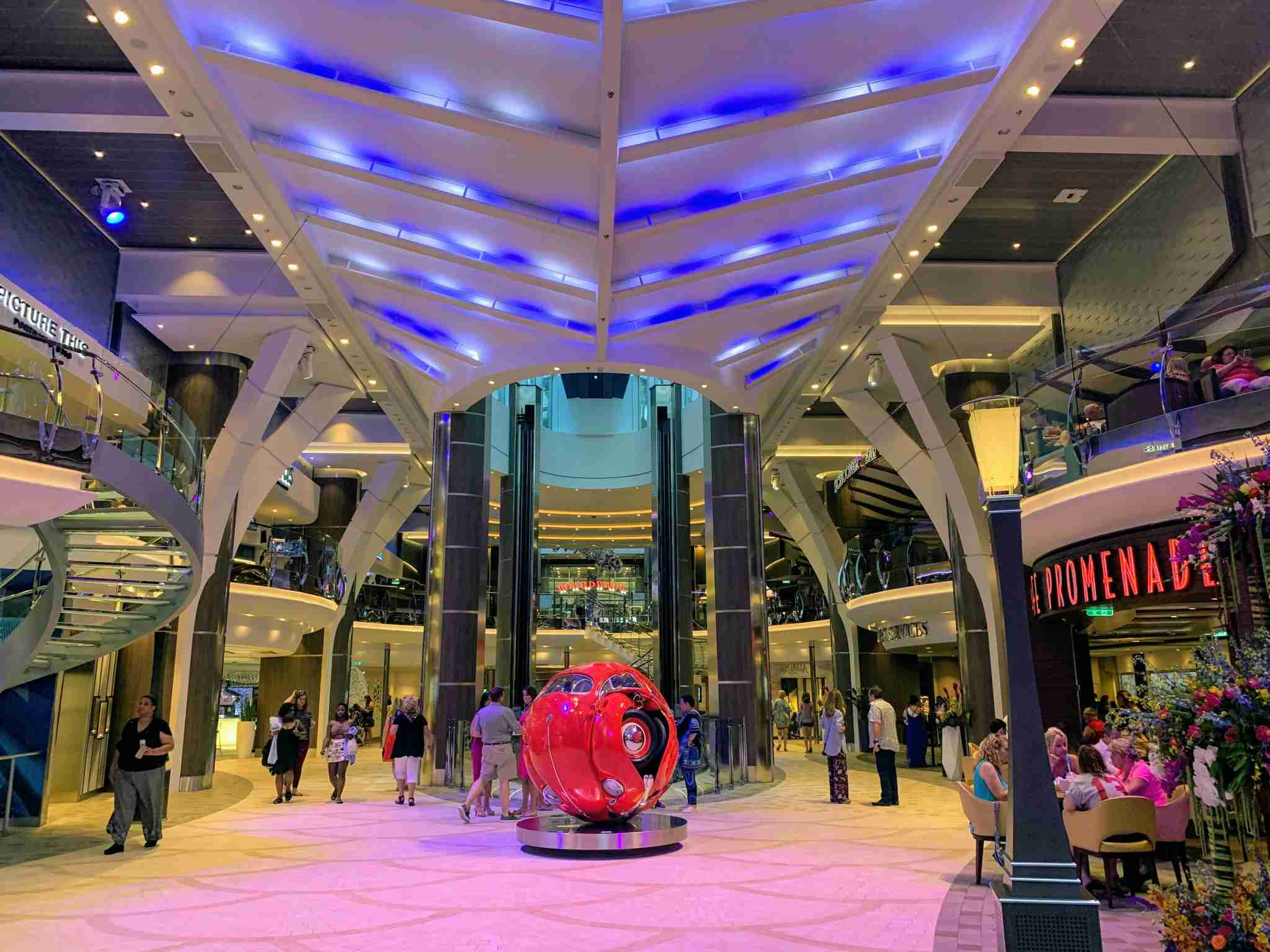 Royal Caribbean Symphony of the Seas - Royal Promenade