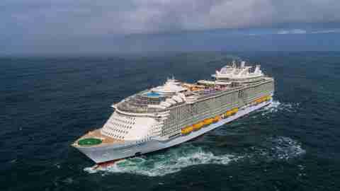 Symphony of the Seas Cruising