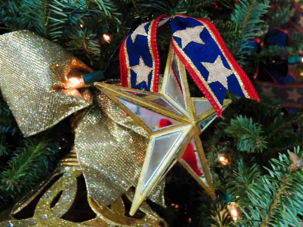 Gold Star Families White House Christmas tree ornament