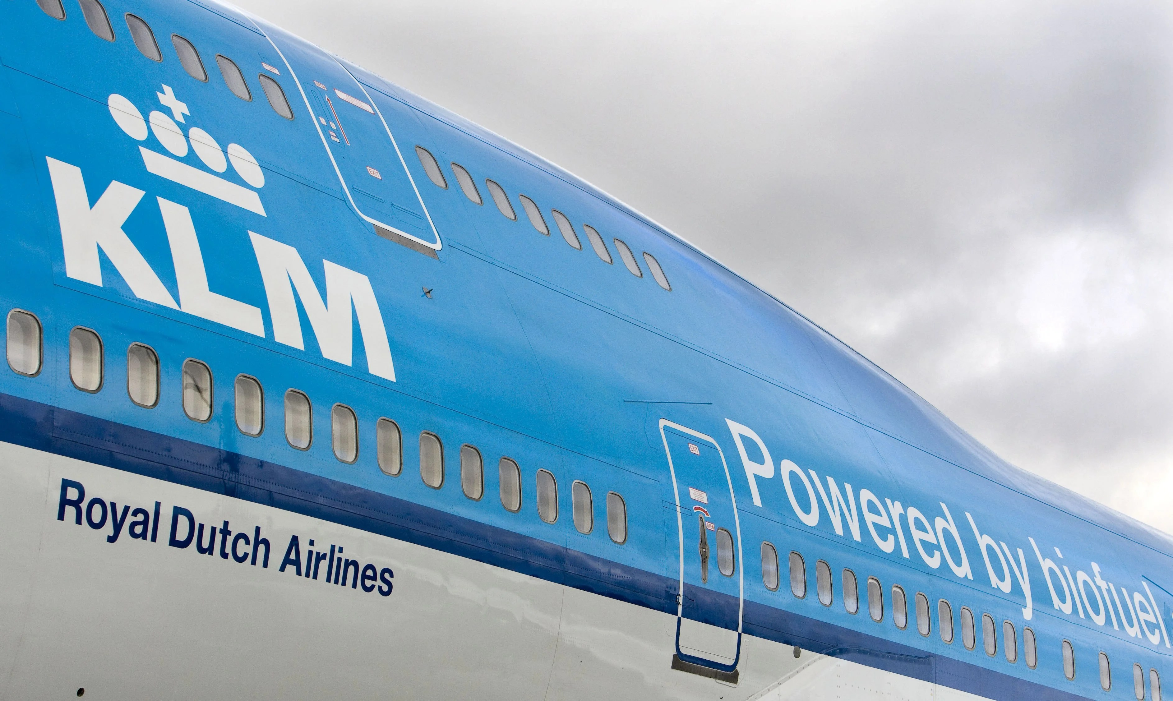 How Airlines Are Powering Airplanes With Biofuels