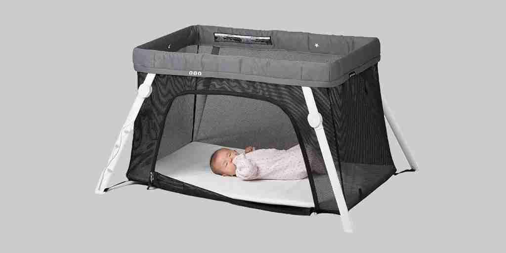 Image of the Lotus Travel Crib