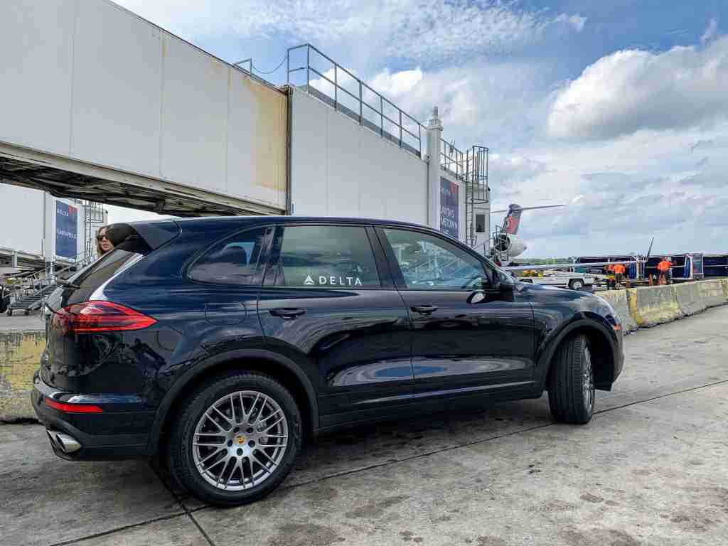 delta porsche suv private transfer diamond 360 atlanta atl