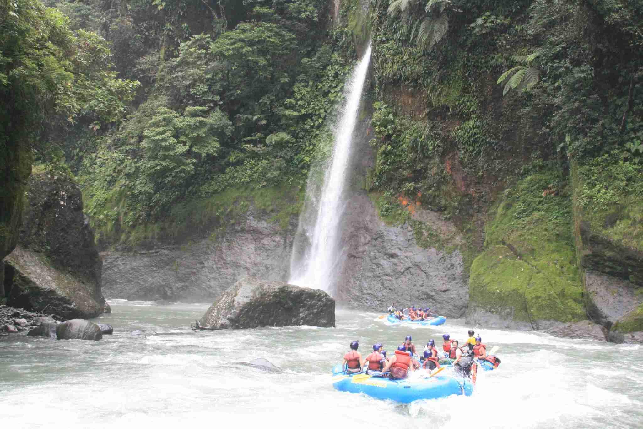 Rafting on Costa Rica