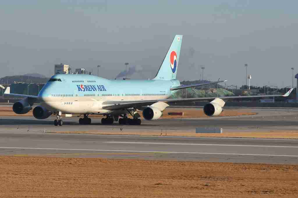 A Korean Air 747-400 at Seoul Incheon airport in December 2017 (Photo by Alberto Riva/TPG)