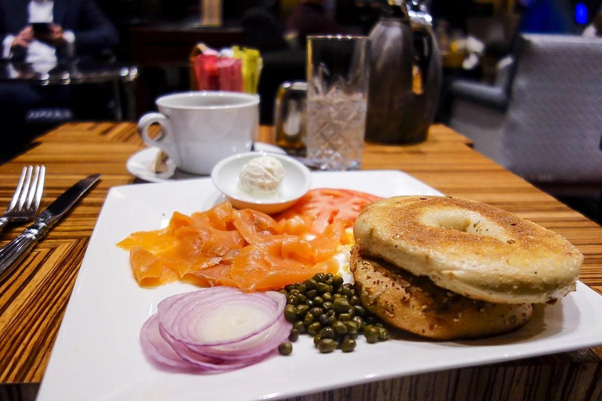 New York Platin Art Deco Table Breakfast Board