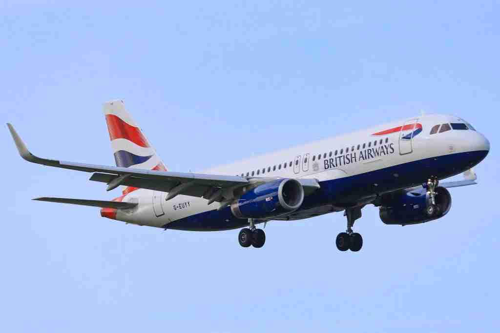 British Airways landing at Schiphol International Airport in The Netherlands. British Airways has a fleet of 273 aircrafts and 69 in order, among them 72 Airbus A320 variants, 4 of them are A320neo and there are 21 more A320neo in order. . British Airways AirbusA320-232(WL) with registration G-EUYY and serial number 6290. It has 2x V2500 jet engines and the seat configuration is 168 economy class seats. The airplane first flew in October 2014. (Photo by Nicolas Economou/NurPhoto via Getty Images)
