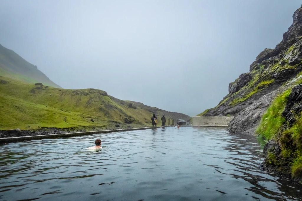Why I'm waiting to book a flight to Iceland — and you might want to do the same