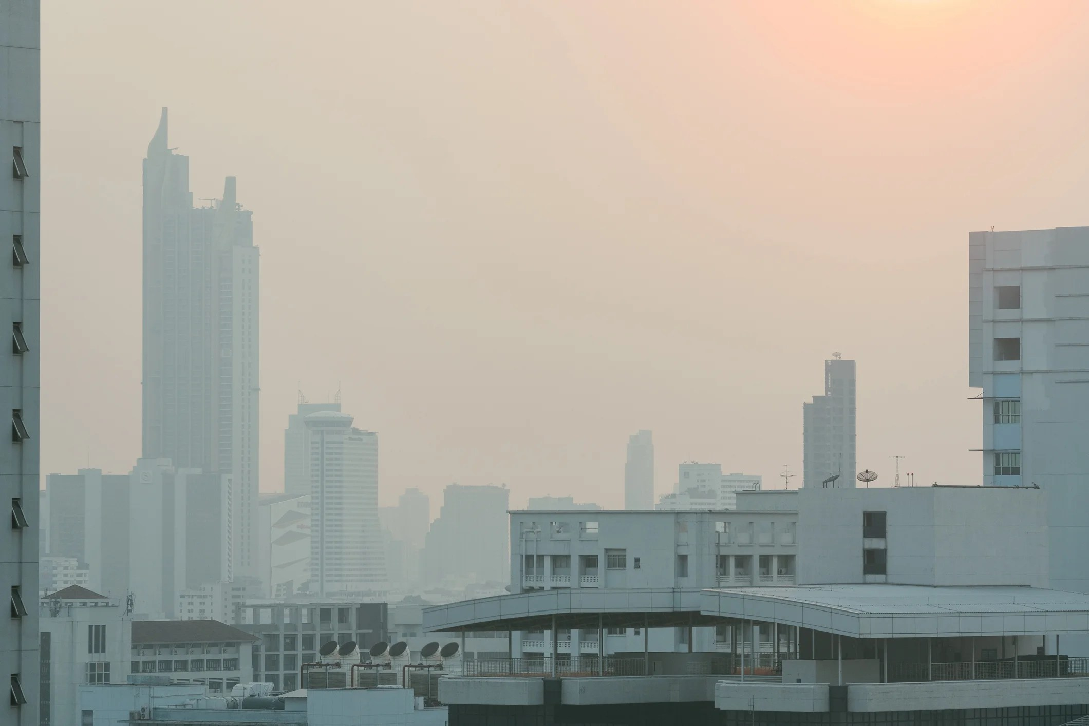 """Tourists May Feel Effects as Bangkok's Air Quality Hovers at """"Unhealthy"""" Levels"""