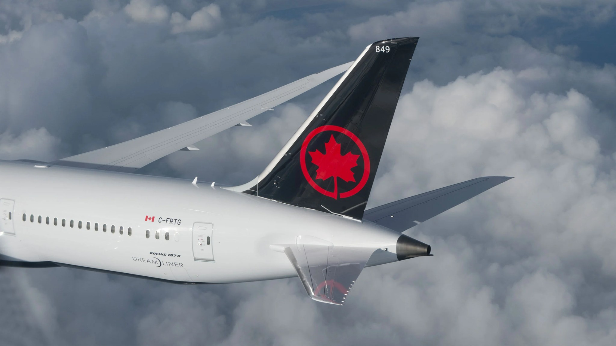 Earn 2,500 bonus Aeroplan miles after signing up for a new account
