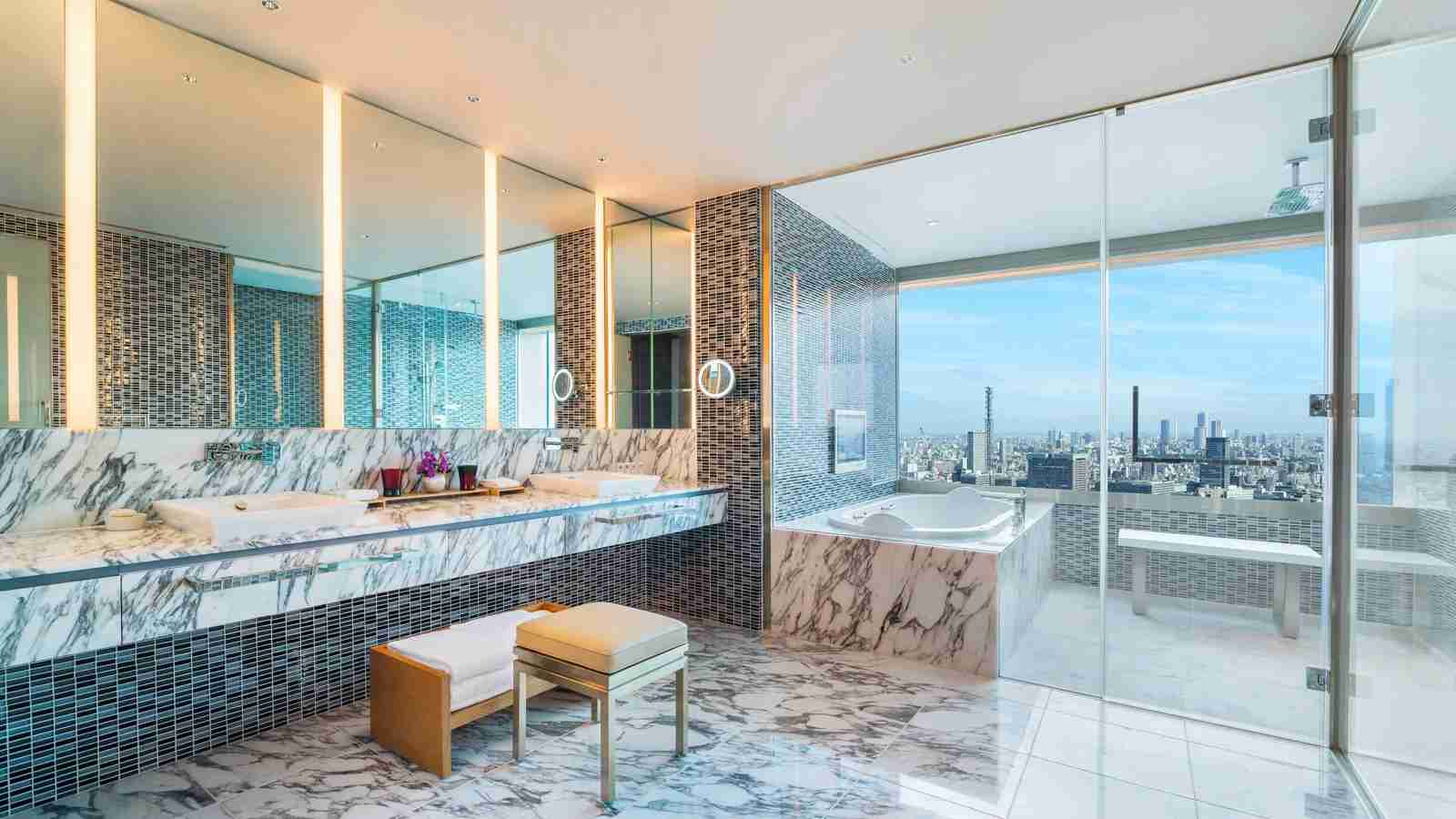 The Designers Suite Bathroom at The Prince Gallery Tokyo. (Photo courtesy of Marriott)