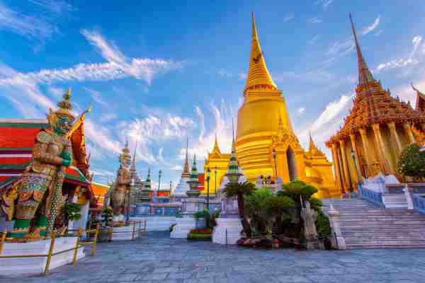 Wat Phra Kaew in Bangkok. Photo by southtownboy/Getty Images)