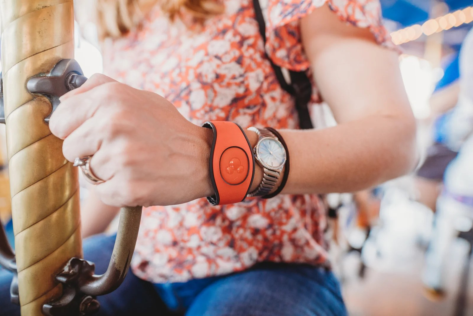Charge everything to your magic band (Photo by Melissa Ann Photography)