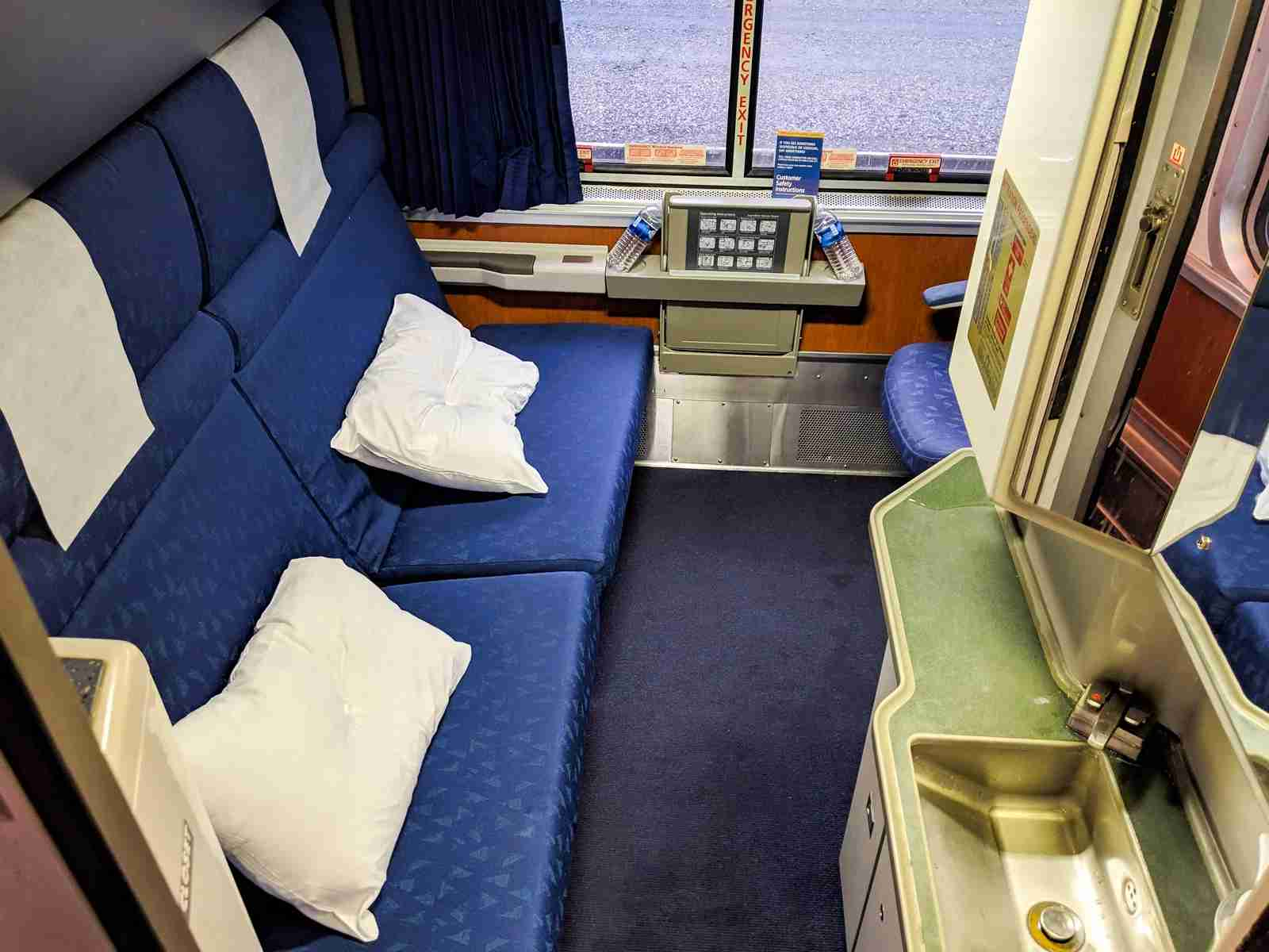 A sleeper room that could hold three passengers.