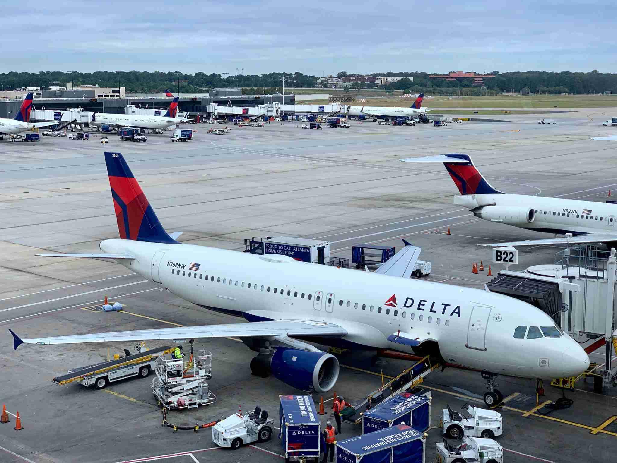 delta-jets-planes-plane-airplane-atlanta-atl-jet