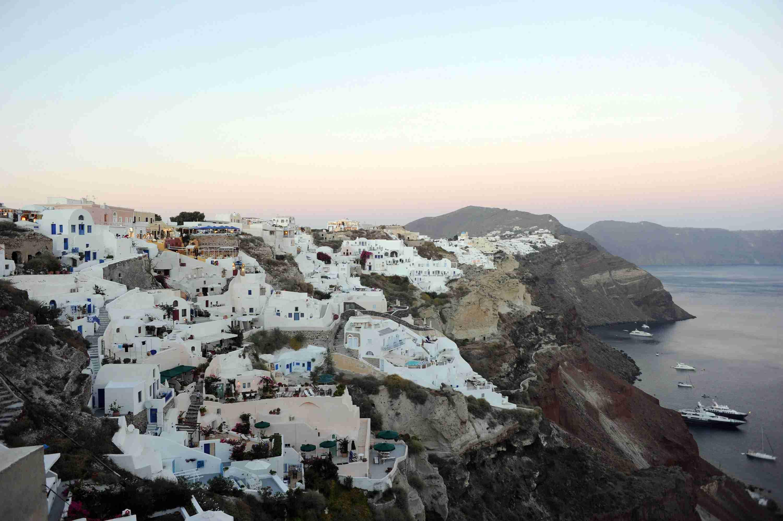 santorini-greece-white-buildings-ocean