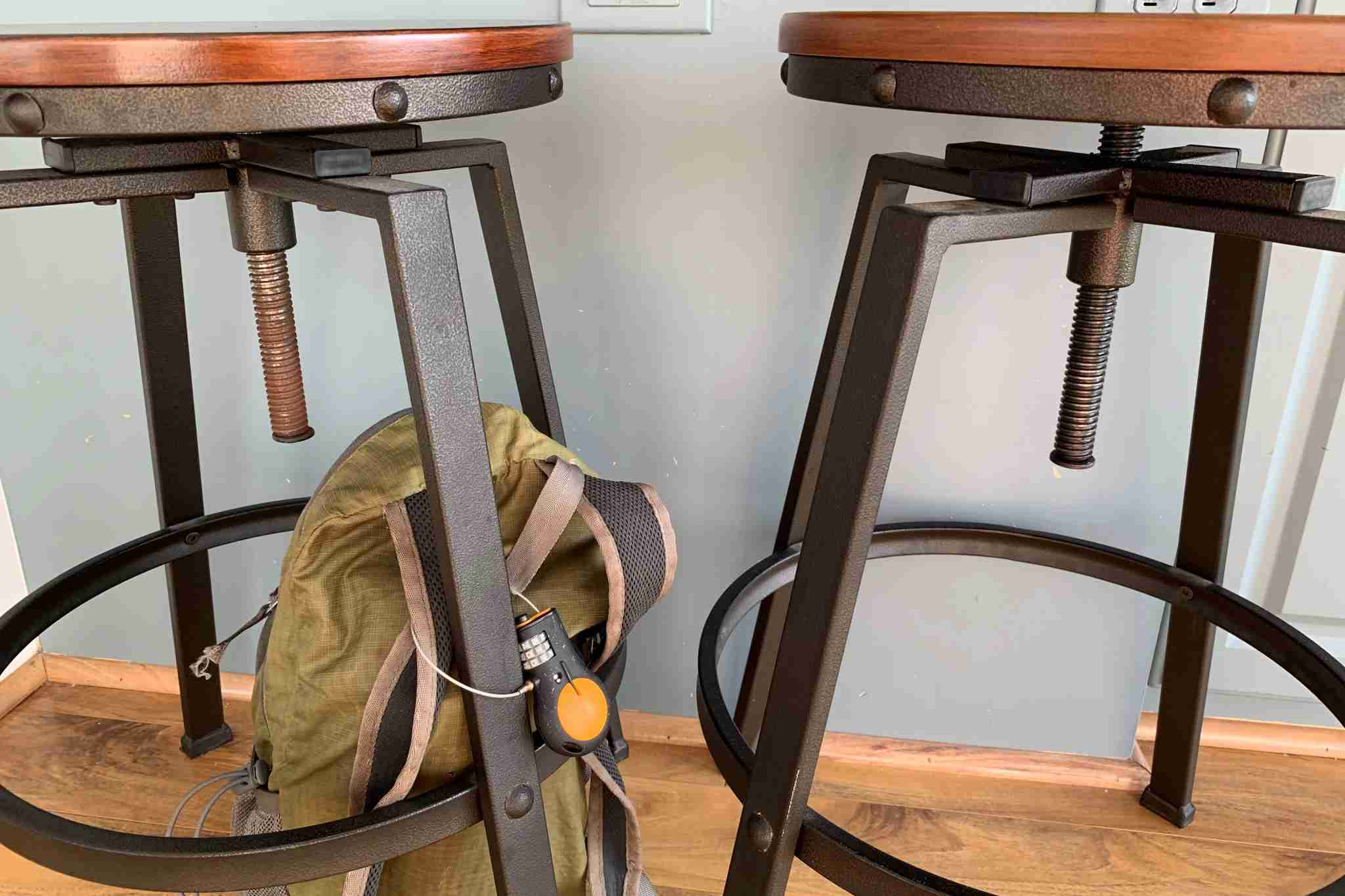 Attaching your bag to a bar stool in a cafe, restaurant or bar will keep it safe from bag snatchers.