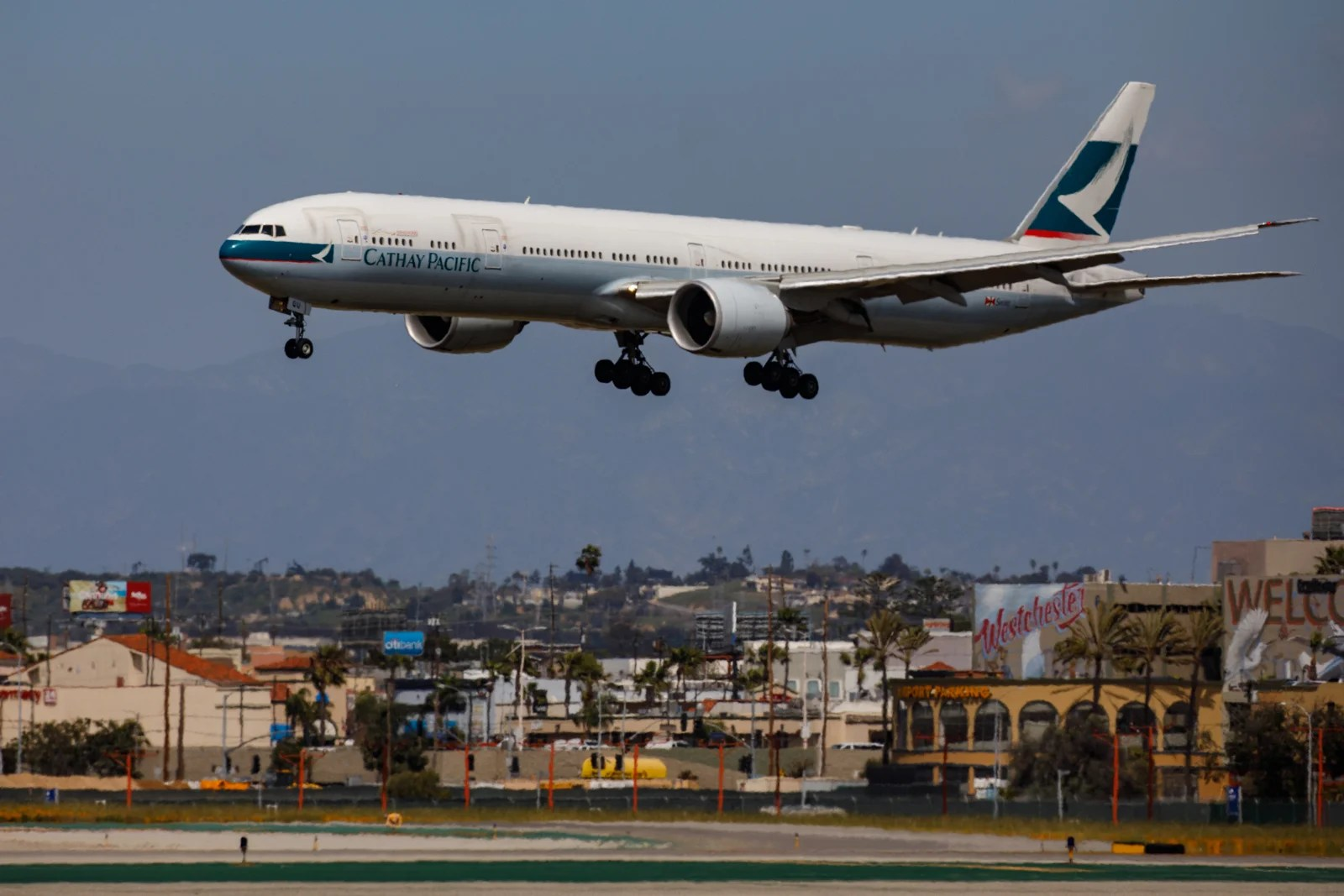 Cathay Pacific improves its Asia Miles expiration policy