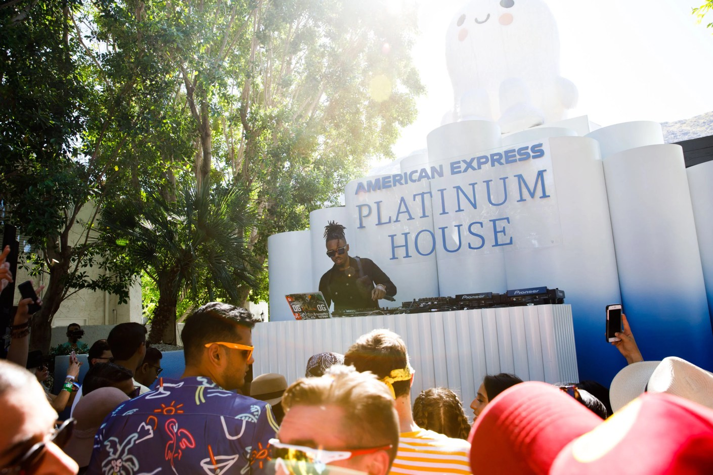 Producer and DJ Metro Boomin performs at the American Express Platinum House during Coachella weekend. (Photo by Patrick T. Fallon/The Points Guy)