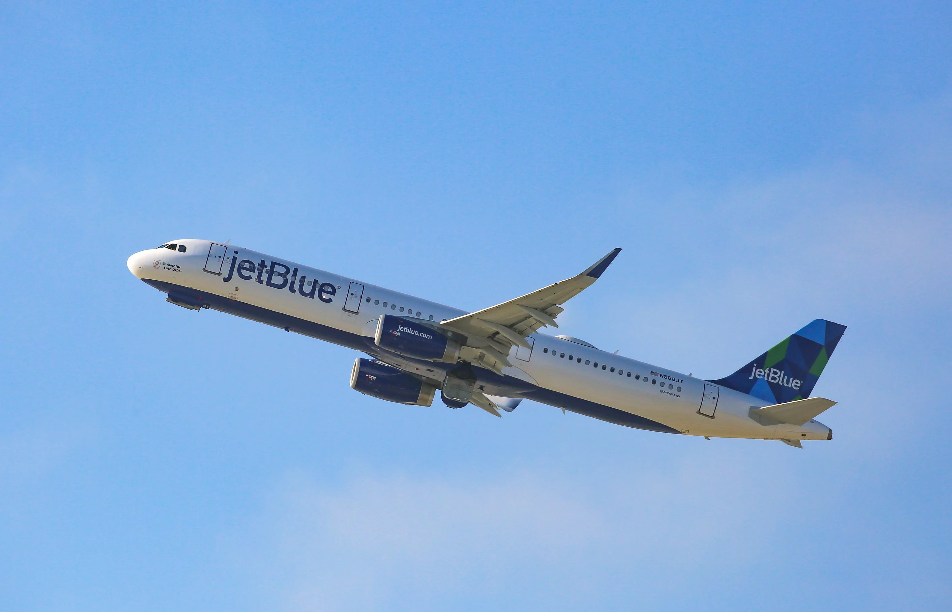 Which London Airport Will JetBlue Fly To?