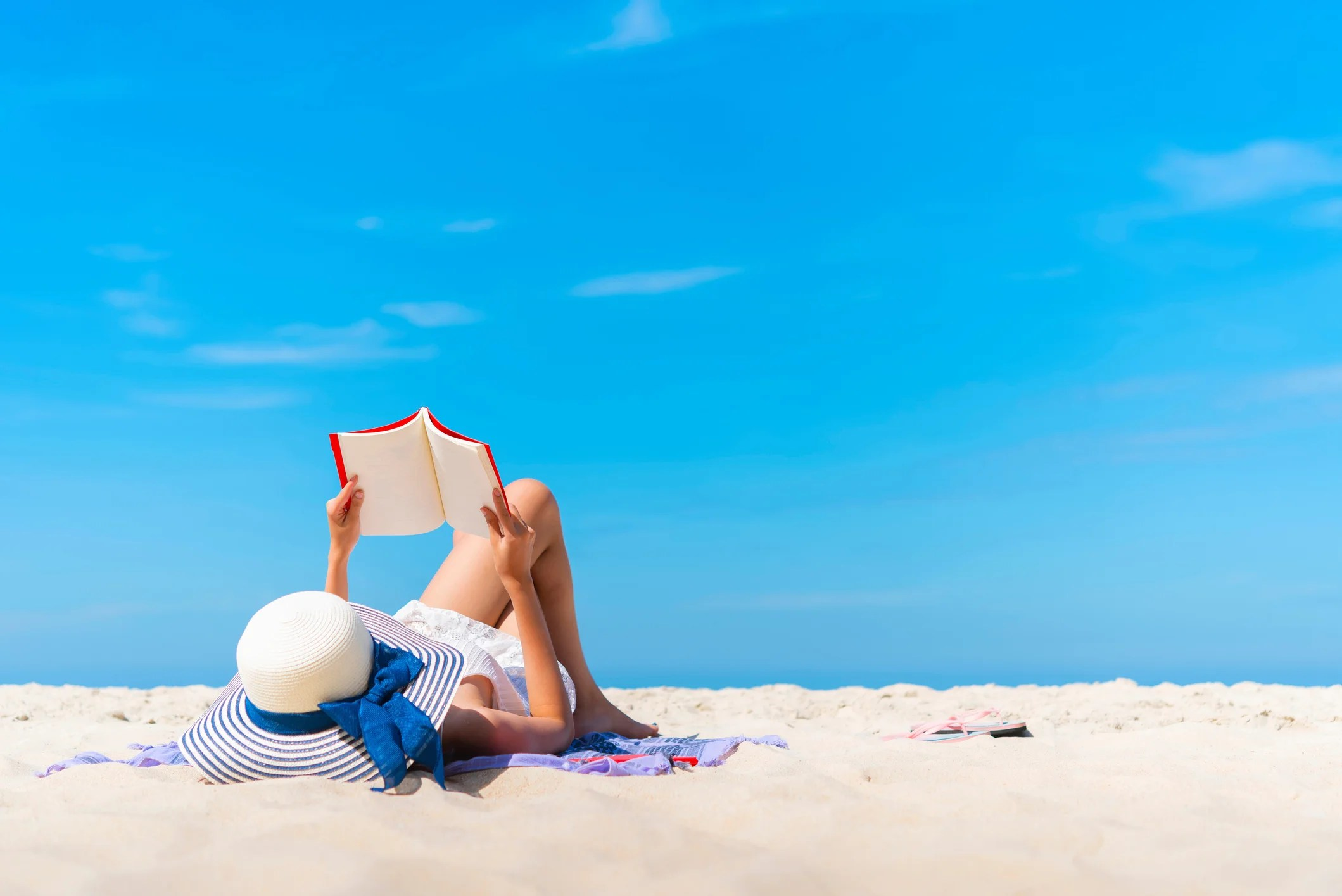 There Is Now a Loyalty Program for Your Summer Beach Reads