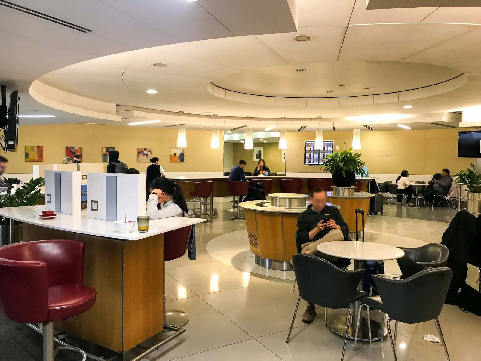 Review American Airlines Admirals Club At Lhr T3