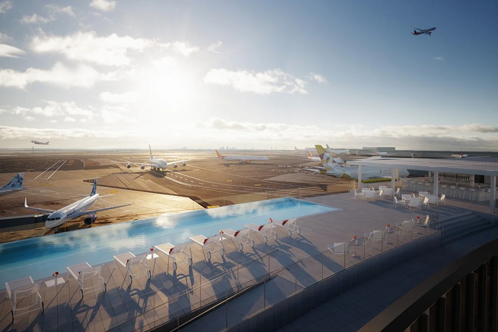 The TWA Lodge's Stunning Rooftop Pool Will Be a Planespotter's Paradise 2