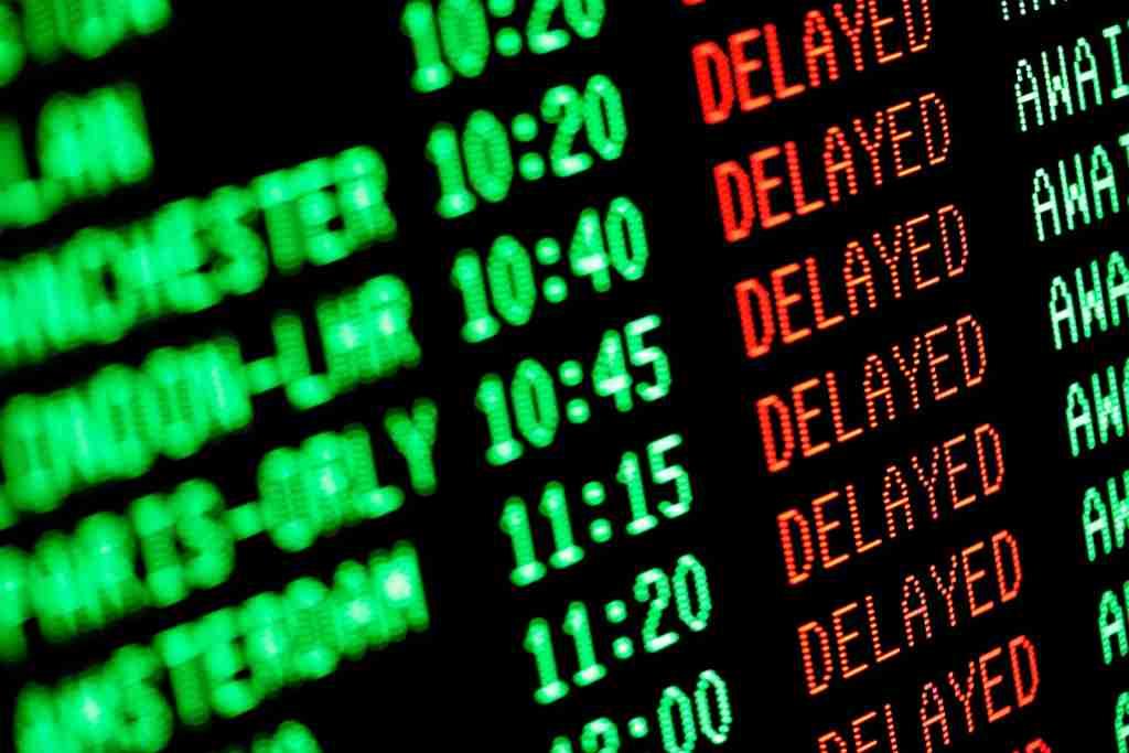 Airport flights delayed screen