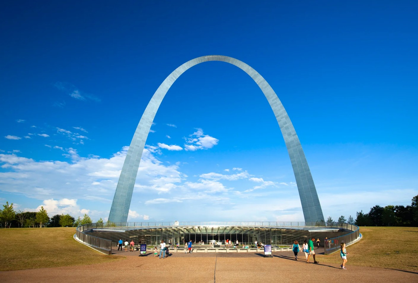 The Gateway Arch Museum in St. Louis. (Photo by traveler1116 / Getty Images)