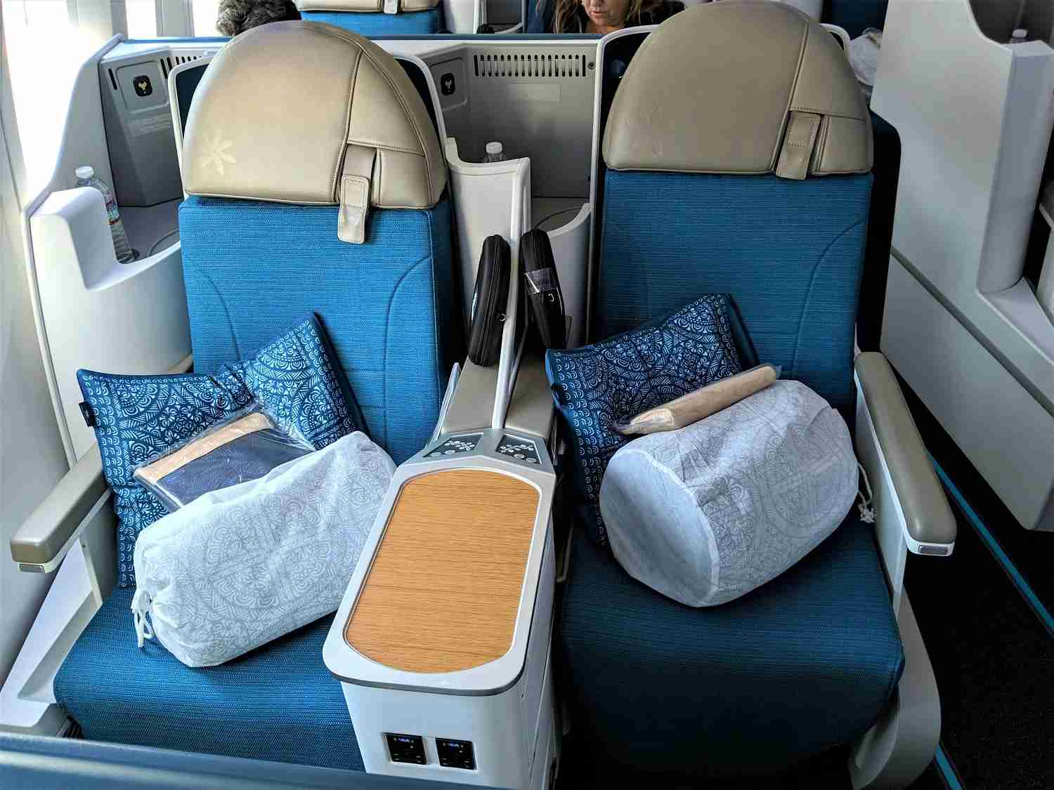 Air Tahiti Nui business class (JT Genter/The Points Guy)