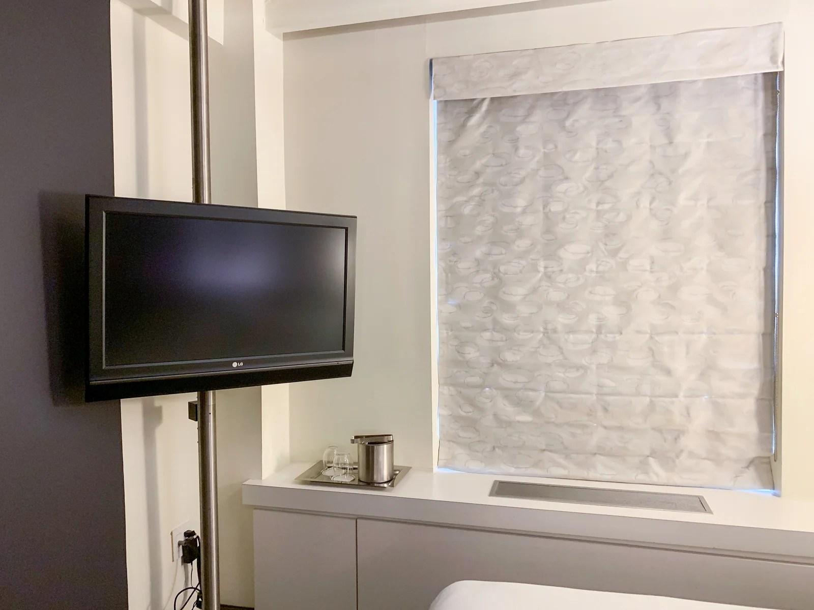 Maxwell Hotel NYC TV